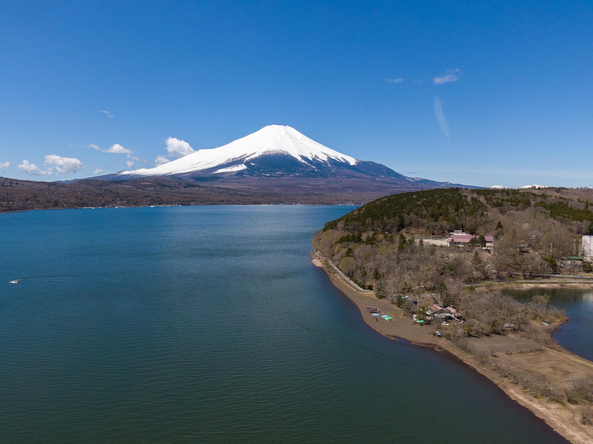 【富士山写真・ドローン】2020年4月19日 山中湖村みさきキャンプ場
